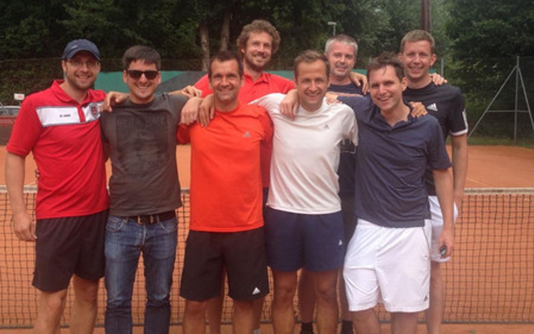 Das Team stand geschlossen zusammen im ersten Spiel in der Verbandsliga