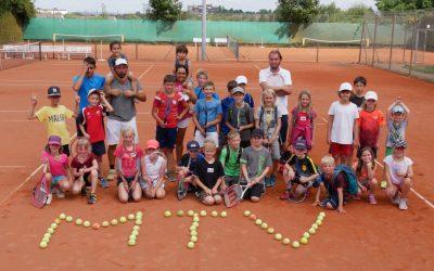 1. Sommerferien-Tenniscamp dieser Saison wurde sehr gut angenommen
